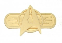 Star trek officers resin insignia pin / badge. Very rare!