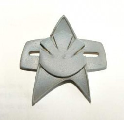 Star trek Maquis comms pin / badge. Very rare!