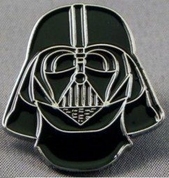 Star ward Darth Vader collectable pin badge.